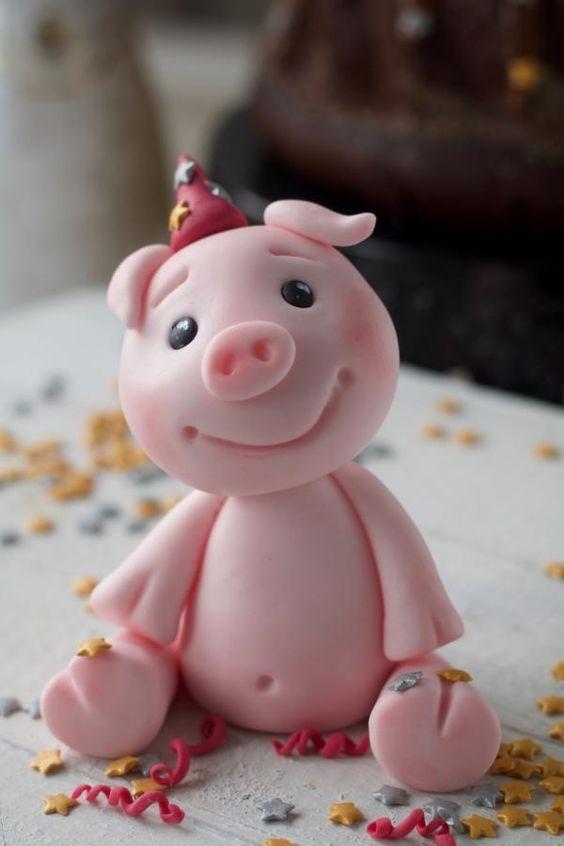 Bánh sinh nhật con heo con dễ thương 3D đang cười