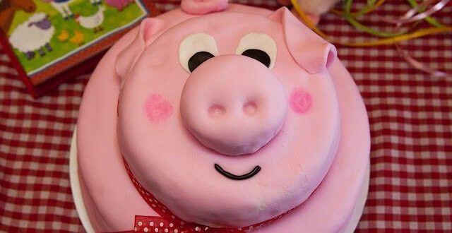 Tổng hợp ảnh bánh kem sinh nhật hình con heo đẹp xinh cho người tuổi hợi