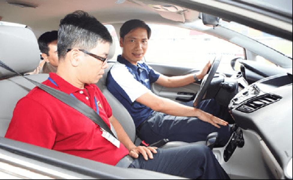Khóa học lái xe ô tô chất lượng tại Học Lái Xe 12h