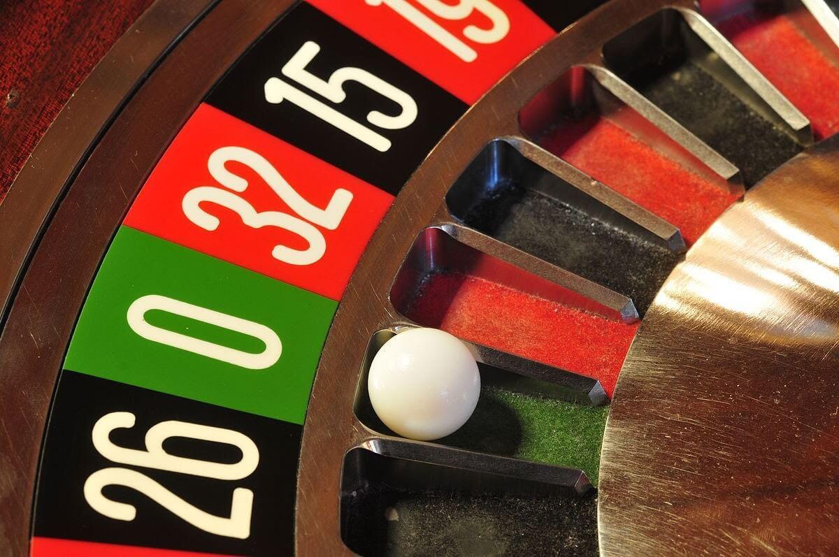 Roulette là gì? Cách chơi Roulette giúp bạn thắng cược
